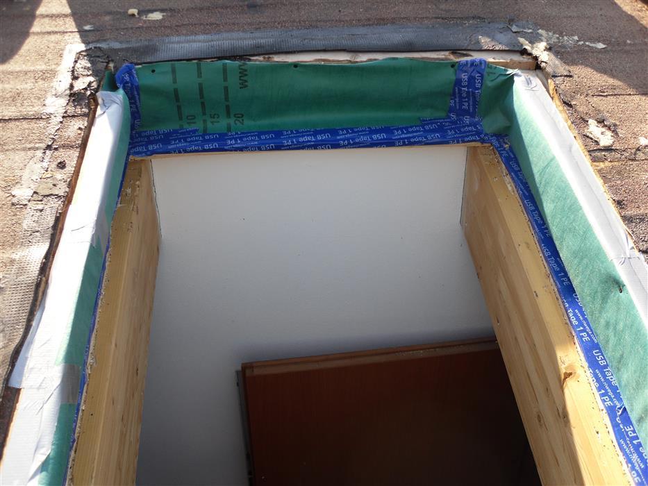 Installazione di finestre velux per tetti for Finestre velux detrazioni fiscali